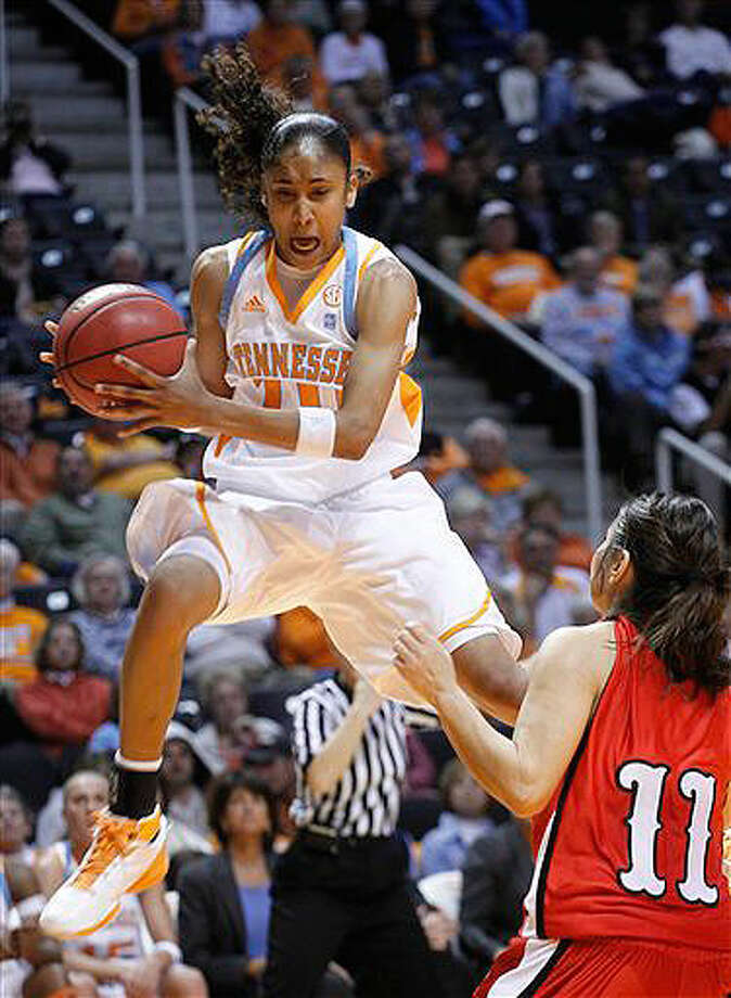 Steele grad Meighan Simmons, who leads the Lady Vols in points per game, has exceeded legendary coach Pat Summitt's expectations.
