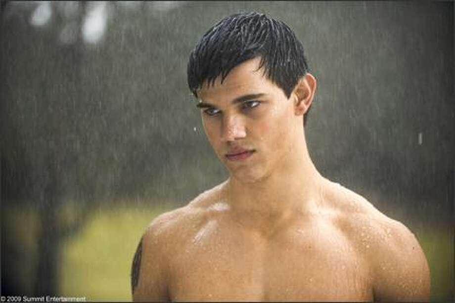 "Taylor Lautner as Jacob in ""New Moon."""