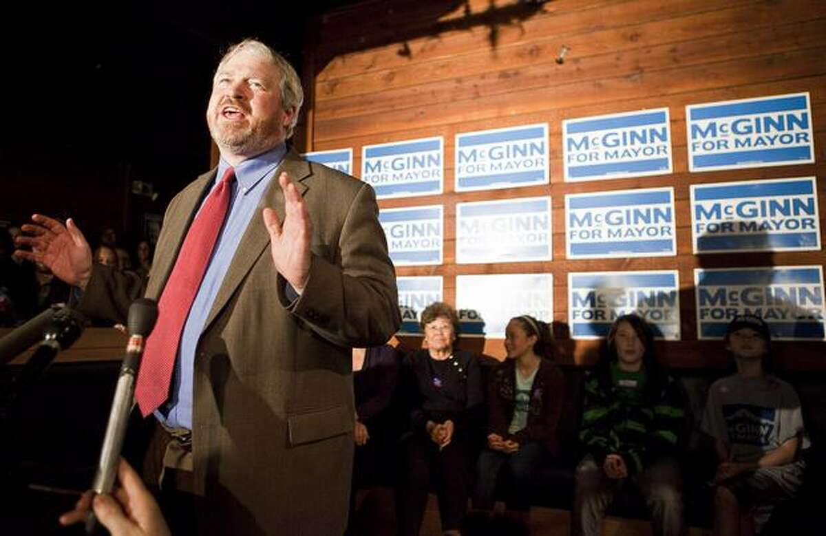 McGinn was a fervent opponent of the Alaskan Way Viaduct project. He publicly criticized then Gov. Chris Gregoire and vetoed the tunnel agreement, which was then overrided by the City Council in a 8-1 vote in February 2011.