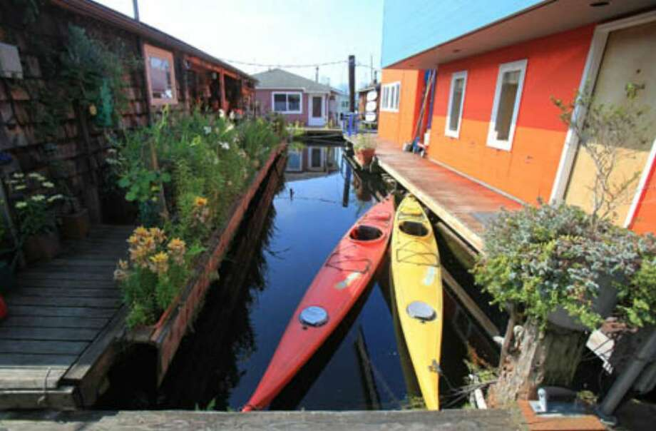 Houseboats are shown on Seattle's Lake Union. (Joshua Trujillo, Seattlepi.com)