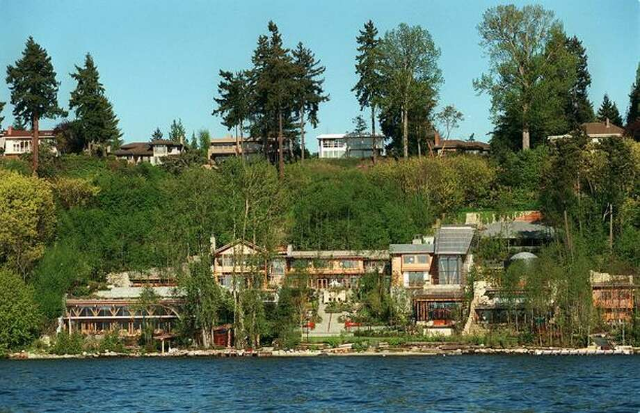 The Medina home of Bill and Melinda Gates is seen from Lake Washington in this 1999 file photo. Photo: / P-I File