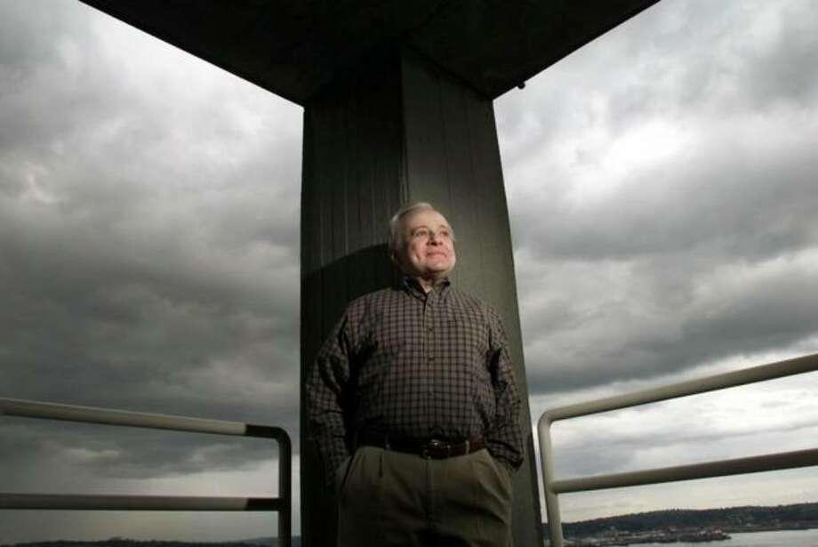 Longtime KIRO weatherman Harry Wappler in 2002. He died April 21, the day after suffering a stroke at Bellevue's Overlake Hospital Medical Center. Photo: Paul Kitagaki Jr./seattlepi.com File