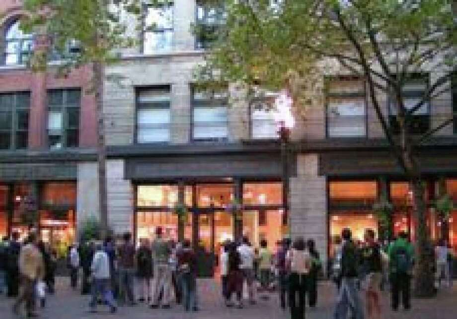 First Thursday in Pioneer Square (photo by Jen Kelly - The New Pioneer Square) Photo: /