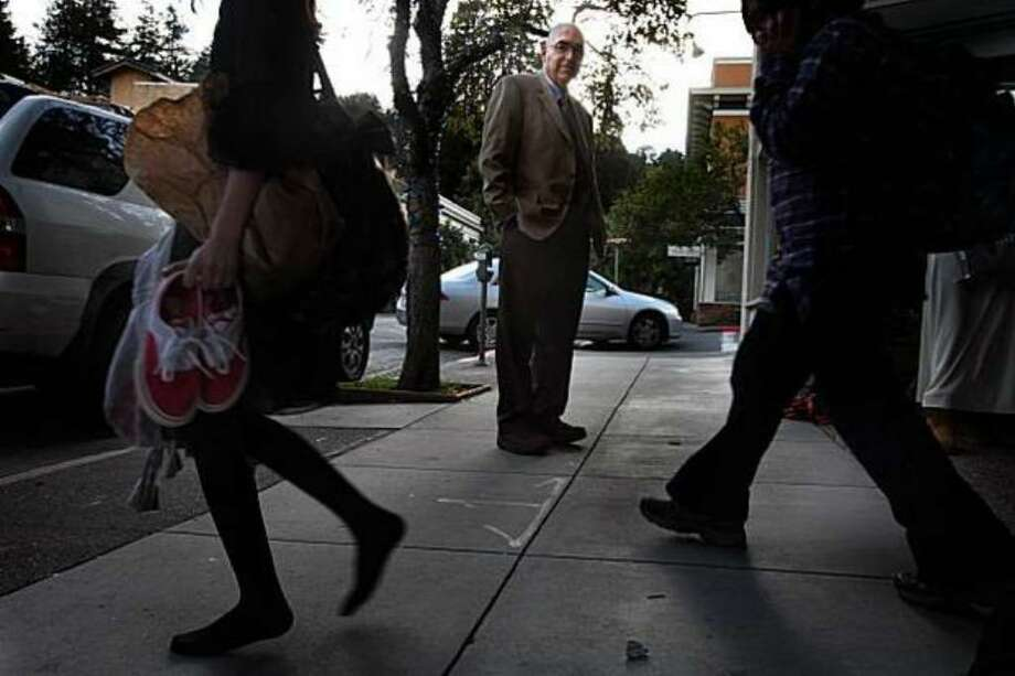 Dr. Howard Kornfeld, shown near his Mill Valley office in San Francisco, says many teens think of pharmaceuticals as safe. (Liz Hafalia/The San Francisco Chronicle) Photo: /