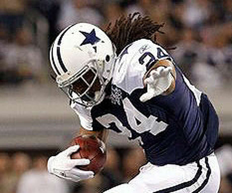 Cowboys running back Marion Barber returned to practice Wednesday.