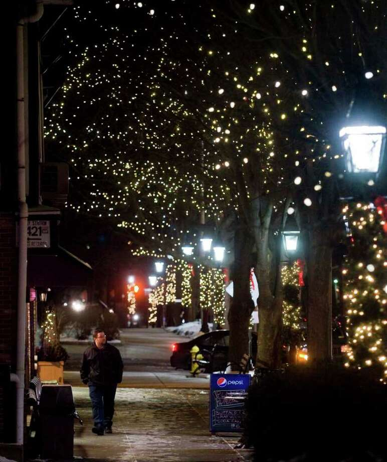 Ridgefield uses LED-technology lighting for their Christmas lights on Main Street. The town saves energy and thousands of dollars. Wednesday, Dec. 15, 2010 Photo: Scott Mullin / The News-Times Freelance