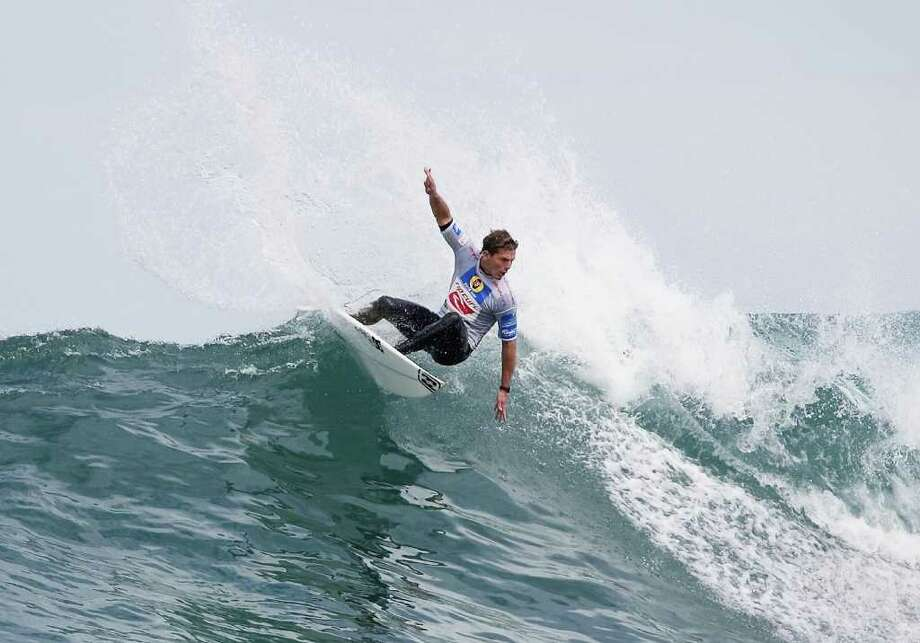 Surfer Andy Irons died November 2 at 32. Photo: Pierre Tostee;© 2004 Pierre Tostee, Getty Images / Getty Images
