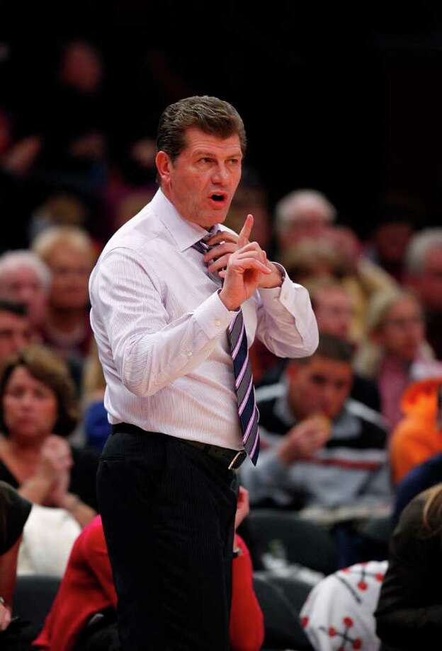 NEW YORK - DECEMBER 19:  Geno Auriemma, head coach of the Connecticut Huskies works the bench against the Ohio State Buckeyes in the Maggie Dixon Classic at Madison Square Garden on December 19, 2010 in New York City.  (Photo by Jeff Zelevansky/Getty Images) *** Local Caption *** Geno Auriemma Photo: Jeff Zelevansky, Getty Images / 2010 Getty Images