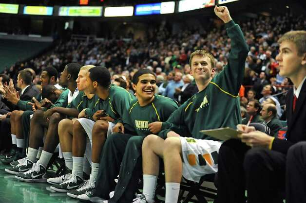 Siena's Connor Fenlon raises his fist in victory seconds before winning a game against Georgia Tech at the Times Union Center in Albany, NY on December 22, 2010.  (Lori Van Buren / Times Union) Photo: Lori Van Buren