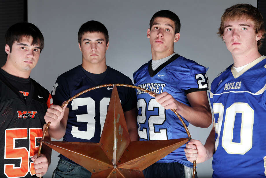 Top area linebackers (from left): Trevor Mangold of Medina Valley, Austin Wood of Smithson Valley, Will Harlos of Somerset and Skylar Nelson of Alamo Heights. Harlos switched his commitment from Wake Forest to Colorado. Photo: EDWARD A. ORNELAS/eaornelas@express-news.net