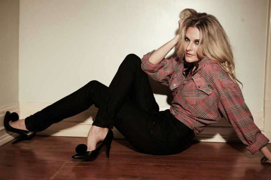 "Elizabeth Cook's new CD is ""Welder"" Photo: Kristin Barlowe/Courtesy Photo / San Antonio Express-News"