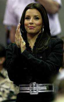 Eva Longoria cheers  during first half action in the Western Conference Finals game two in San Antonio Tuesday  May 22, 2007. Photo: DELCIA LOPEZ, SAN ANTONIO EXPRESS-NEWS / SAN ANTONIO EXPRESS-NEWS