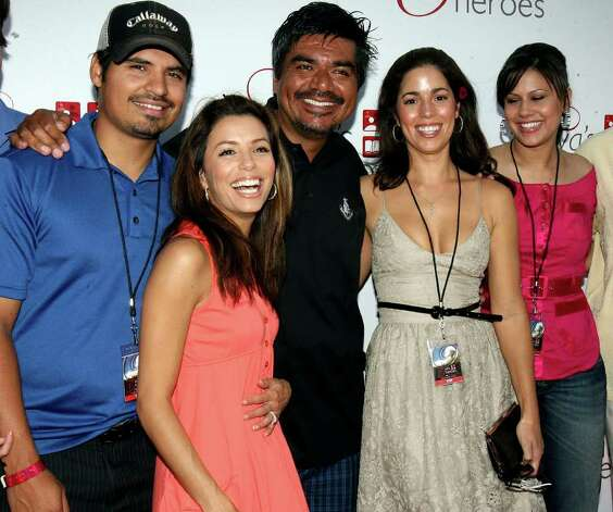 METRO-Michael Pena, Eva Longoria, George Lopez, Anna Ortiz (from Ugly Betty) and Haley Scarento during Eva's Heros Celebrity Golf Tournament at La Cantera Palmer Golf Course Saturday Oct.13, 2007. DELCIA LOPEZ/STAFF Photo: DELCIA LOPEZ, SAN ANTONIO EXPRESS NEWS / SAN ANTONIO EXPRESS NEWS