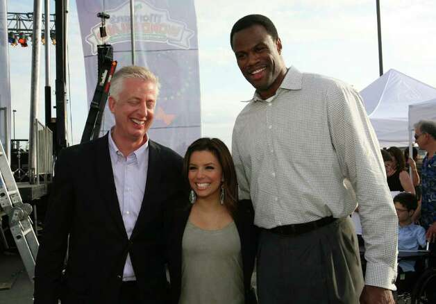 OTS/HEIDBRINK - Gordon Hartman (Founder), Eva Longoria and David Robinson (Guests) were at the Morgan's Wonderland grand opening on 4/10/2010. This is #2 of 2 photos. names checked photo by leland a. outz Photo: LELAND A. OUTZ, SPECIAL TO THE EXPRESS-NEWS / SAN ANTONIO EXPRESS-NEWS
