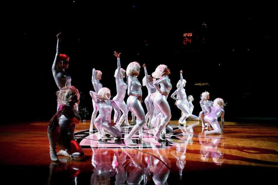 SPORTS - The Spurs Silver Dancers perform in the first half of their season opener vs. the Suns Wednesday, October 29, 2008 at the AT&T Center. BAHRAM MARK SOBHANI/msobhani@express-news.net Photo: BAHRAM MARK SOBHANI, SAN ANTONIO EXPRESS NEWS / SAN ANTONIO EXPRESS NEWS