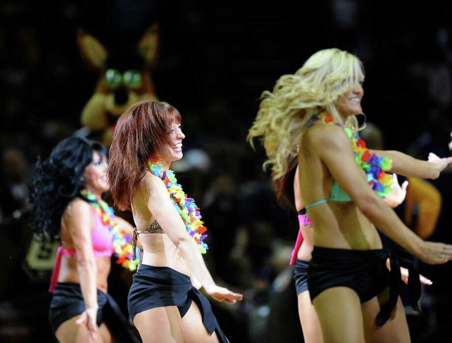 Spurs Silver Dancers perform at the Lakers game at the AT&T Center in San Antonio, Texas on Thursday, March 12, 2009. Express-News Photo/Marc J. Kawanishi, MarcK@Express-News.Net Photo: Marc J. Kawanishi, San Antonio Express-News / MarcK@Express-News.Net