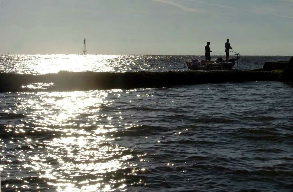 Sabine Jetty, Sabine Pass Recommended by Texas Bank Fishing Map