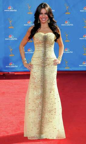 Sofia Vergara arrives at the 62nd Primetime Emmy Awards Sunday, Aug. 29, 2010, in Los Angeles. (AP Photo/Chris Pizzello) Photo: Chris Pizzello, STF / San Antonio Express-News