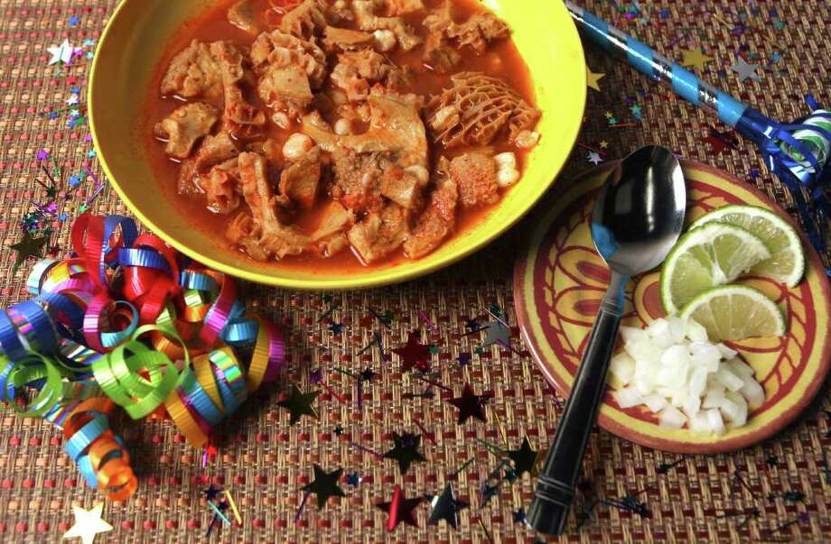 CONEXION: Menudo, a popular Mexican soup served at special occasions and holidays. Photographed Monday Dec. 27, 2010.  HELEN L. MONTOYA/hmontoya@express-news.net Photo: HELEN L. MONTOYA, SAN ANTONIO EXPRESS-NEWS / hmontoya@express-news.net