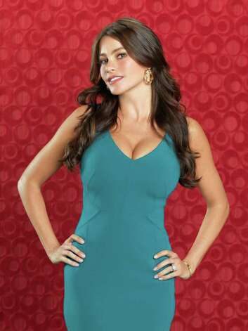 "MODERN FAMILY - ABC's ""Modern Family"" stars Sofia Vergara as Gloria. Photo: Bob D'Amico, ABC / © 2010 American Broadcasting Companies, Inc. All rights reserved."
