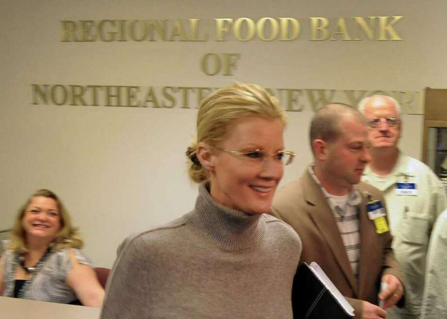 Food  Network star Sandra Lee makes a visit to the Regional Food Bank of Northeastern New York in Colonie January 3, 2011. Lee was in town for the inauguration of her boyfriend, Gov. Andrew Cuomo.  (Skip Dickstein / Times Union) Photo: SKIP DICKSTEIN / 2008
