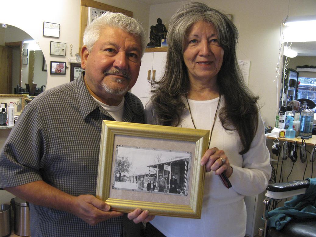 Barber Shop San Antonio : Family-run barbershop in Kerrville marks 100th year - San Antonio ...