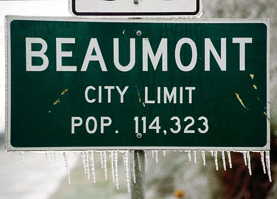 The January, 1997 ice storm in Southeast Texas left icicles in unlikely places. Enterprise file photo Photo: Dave Ryan / Beaumont