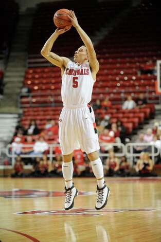 Lamar guard Mike James executes a three point shot against Louisiana College at the Montagne Center.  Tuesday, January 4, 2010 Valentino Mauricio/The Enterprise Photo: Valentino Mauricio / Beaumont
