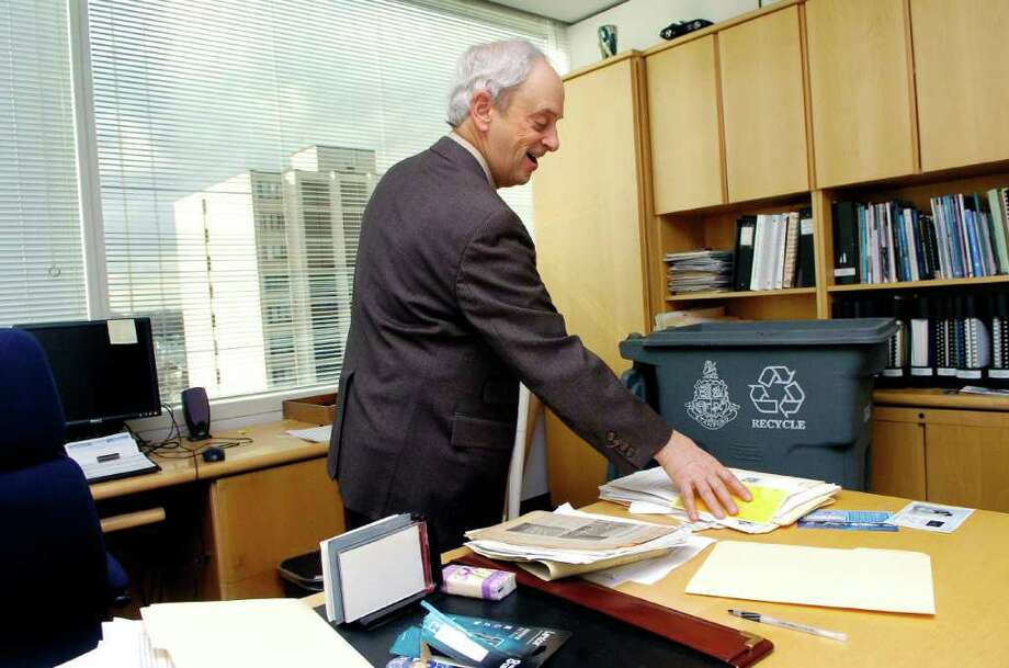 Robin Stein, the Land Use Bureau Chief for the City of Stamford, Conn.,  cleans out his office on Thursday January 6, 2011, his last day is Friday. Photo: Dru Nadler / Stamford Advocate Freelance