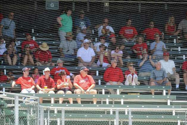 Lamar University baseball fans watch from the upper deck as the Cardinals take on Baylor in their NCAA tournament game at Lupton Stadium in Fort Worth on Saturday,  June 5, 2010.  Valentino Mauricio/The Enterprise Photo: Valentino Mauricio / Beaumont