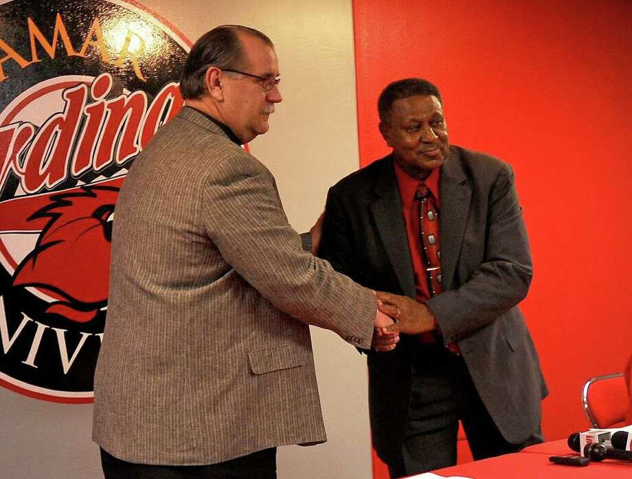 Former All-American athlete John Payton, right, will be taking on the role of special assistant to Lamar's athletic director, left, Larry Tidwell. Guiseppe Barranco/The Enterprise Photo: Guiseppe Barranco / Beaumont