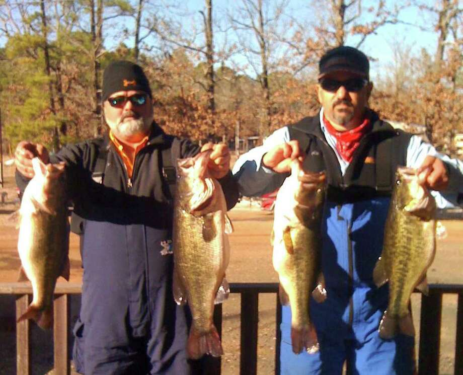 Dean Jones and Jeff Latham blew the field away with a huge bag weighing 29.33 lbs and a huge kicker fish weighing 9.46 lbs.