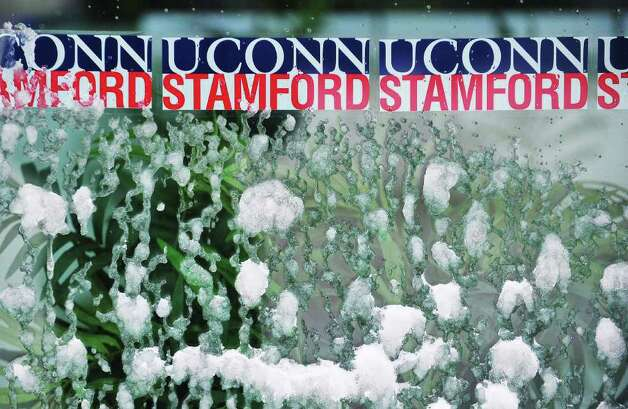 Schools remain closed as snow continues to fall in Stamford, Conn. on Tuesday, Jan. 12, 2011. Photo: Kathleen O'Rourke / Stamford Advocate