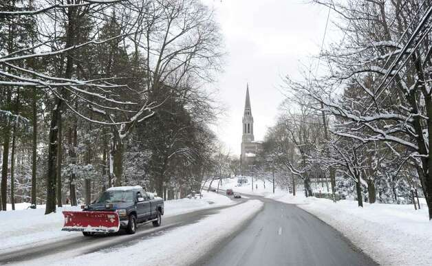 Looking west down East Putnam Avenue with the steeple of the Second Congregational Chruch of Greenwich visible in the background, early Wednesday afternoon, Jan. 12, 2011 Photo: Bob Luckey / Greenwich Time