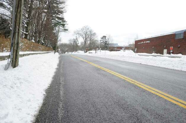 A snowless Hillside Road in front of Greenwich High School early Wednesday afternoon, Jan. 12, 2011. Photo: Bob Luckey / Greenwich Time