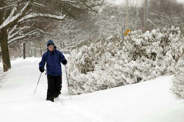 Mike Myers of Albany cross-country skis around Buckingham Pond on Wednesday, Jan. 12, 2011, in Albany, N.Y. (Cindy Schultz / Times Union) Photo: Cindy Schultz