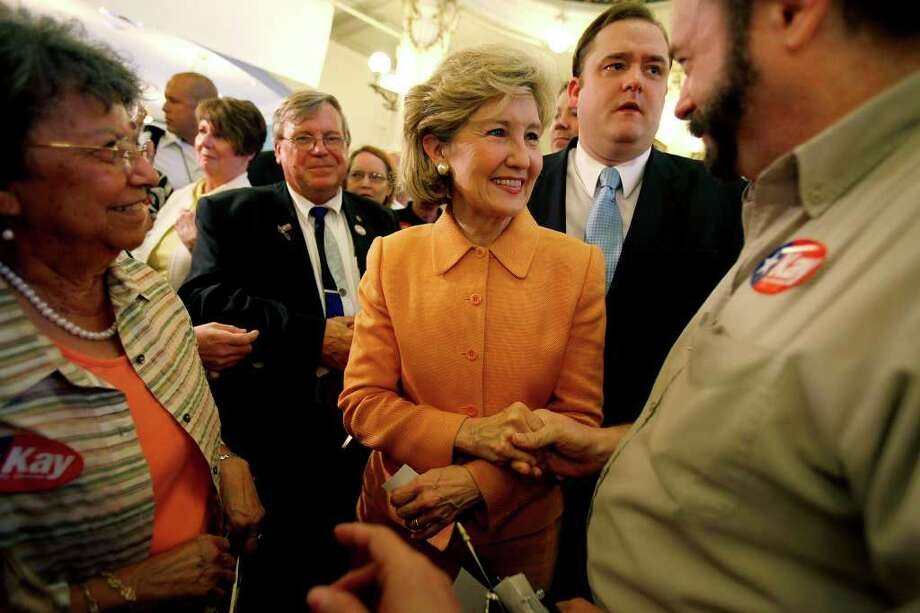 Sen. Kay Bailey Hutchison stopped at The Menger Hotel on Monday, August 17, 2009 as part of multi-city tour to announce her bid for governor. Jennifer Whitney/ jwhitney@express-news.net Photo: San Antonio Express-News / San Antonio Express-News