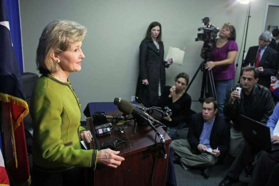 Sen. Kay Bailey Hutchison addresses the media after filing for election in the 2010 Texas Gubernatorial Race in Austin, Texas on Monday, Dec. 7, 2009. Photo: AP