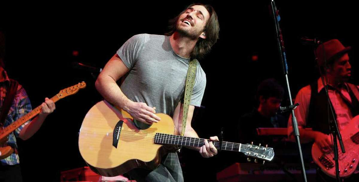 Jake Owen performs during the San Antonio Stock Show & Rodeo Saturday Feb. 20, 2010 at the AT&T Center. PHOTO BY EDWARD A. ORNELAS/eaornelas@express-news.net)