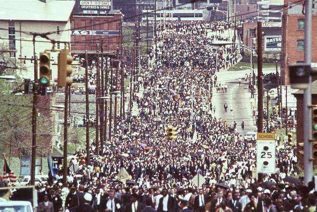 The funeral procession of Dr. Martin Luther King Jr ...
