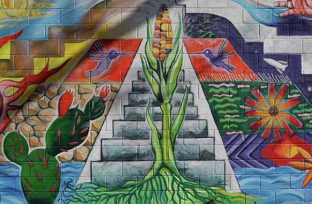 "A detail of San Anto Cultural Arts ""Dualidad"" mural located at Plaza Avenidad Guadalup along El Paso Street on Tuesday, Jan. 6, 2009.  Photo: JERRY LARA, SAN ANTONIO EXPRESS-NEWS / glara@express-news.net"