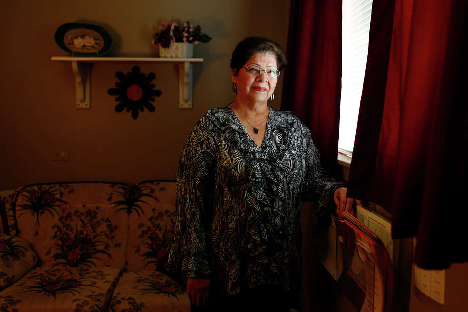Iris Perez is director of A Woman's Haven on the North Side, which last year received $11,000 in funding from the state. Photo: LISA KRANTZ/lkrantz@express-news.net / SAN ANTONIO EXPRESS-NEWS