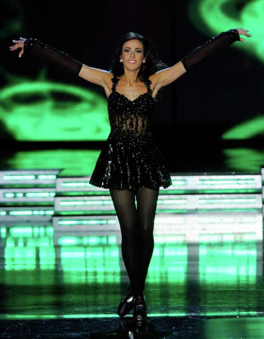LAS VEGAS, NV - JANUARY 15: Caitlin Uze, Miss Virginia, dances in the talent competition during the 2011 Miss America Pageant at the Planet Hollywood Resort & Casino January 15, 2011 in Las Vegas, Nevada. (Photo by Ethan Miller/Getty Images) *** Local Caption *** Caitlin Uze