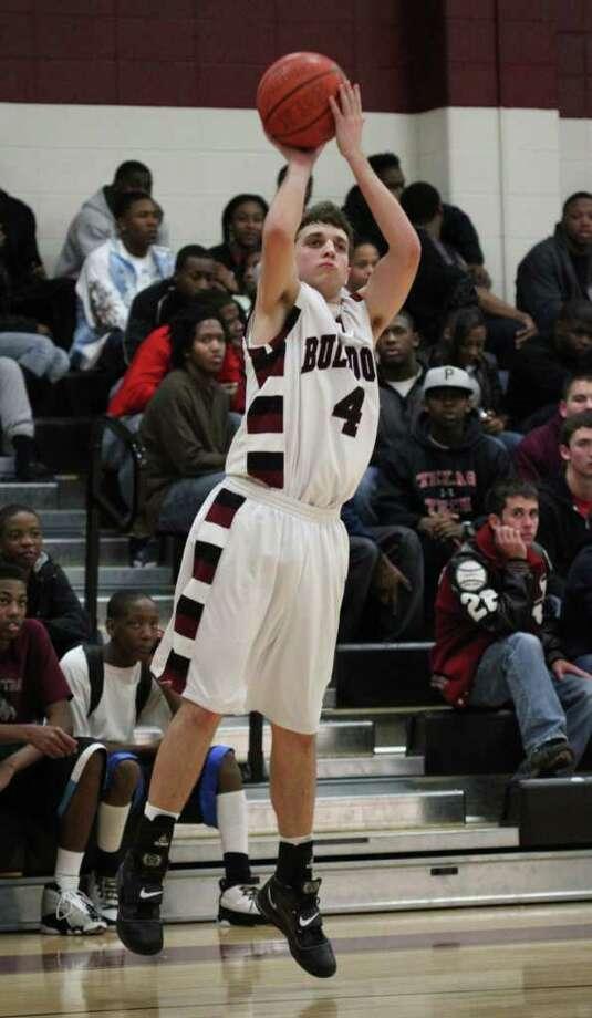 Jasper defeats Center 56-53 in District 18-3A action. Photo: Jason Dunn