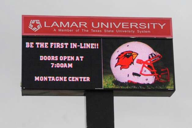 On Saturday, Lamar University began selling season tickets at 7 a.m. for the much anticipated return of Cardinal football. Some Lamar fans began lining up overnight to be the first in line for good seats. Photo: VALENTINO MAURICIO