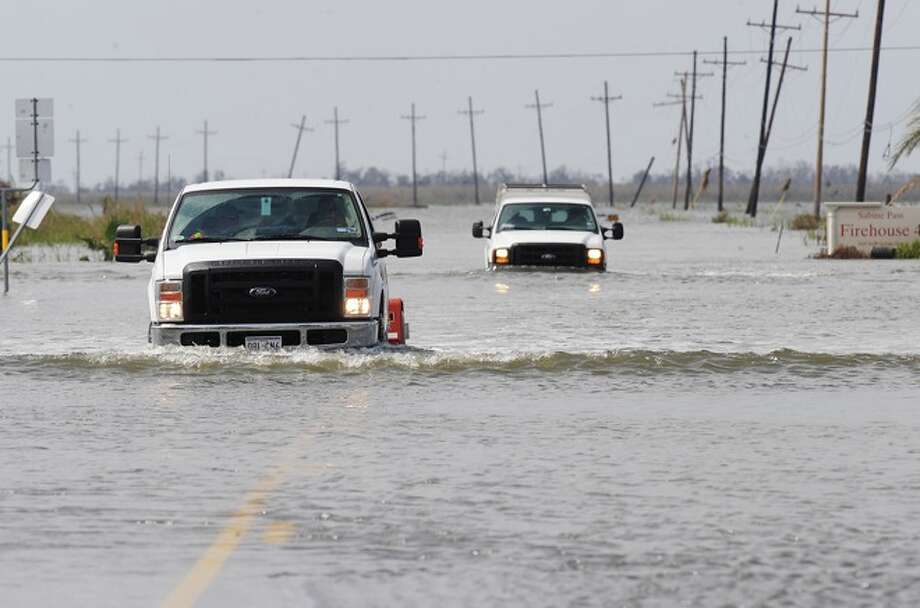 Waters on Texas 87 to Sabine Pass are slowly receding. Guiseppe Barranco/ Photo: THE ENTERPRISE
