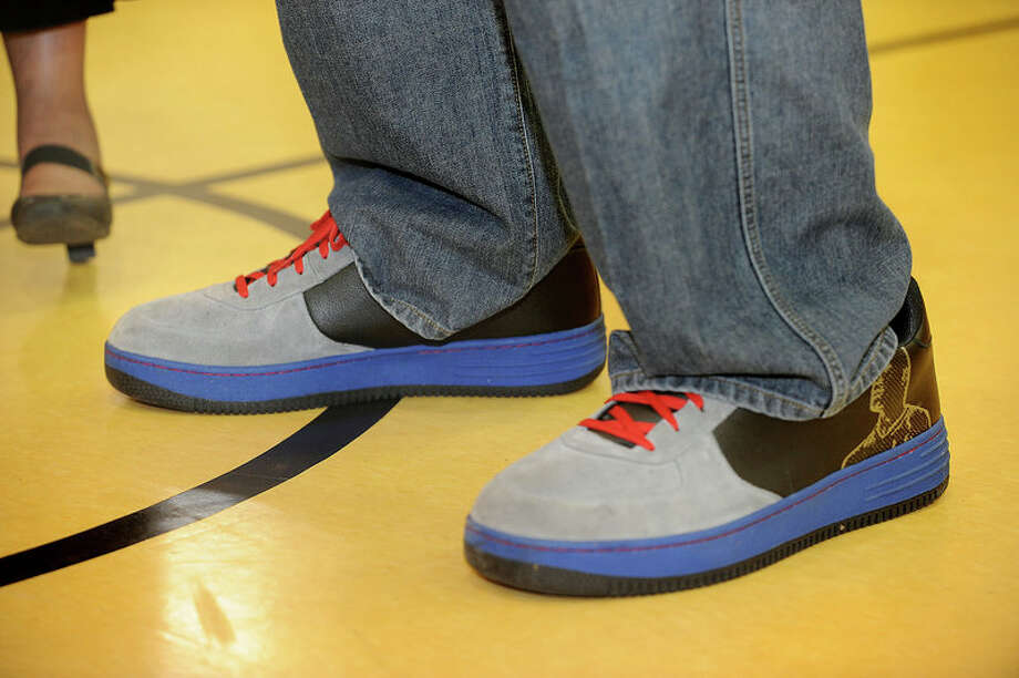 Shaquille O'Neal's wears a size 23 shoe. Photo: Guiseppe Barranco