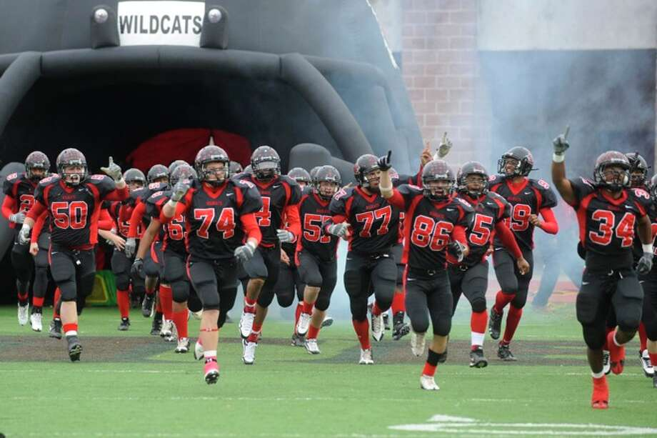 Kirbyville takes the field against Pilot Point in Class 2A Division I State Championship in Bobcat Stadium at Texas State University in San Marcos. Saturday, December 12, 2009. Photo: VALENTINO MAURICIO