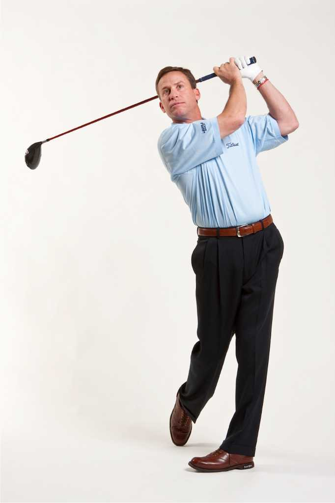 The 39 fix 39 is on greenwich resident helps golfers mend for Swanson s fish market