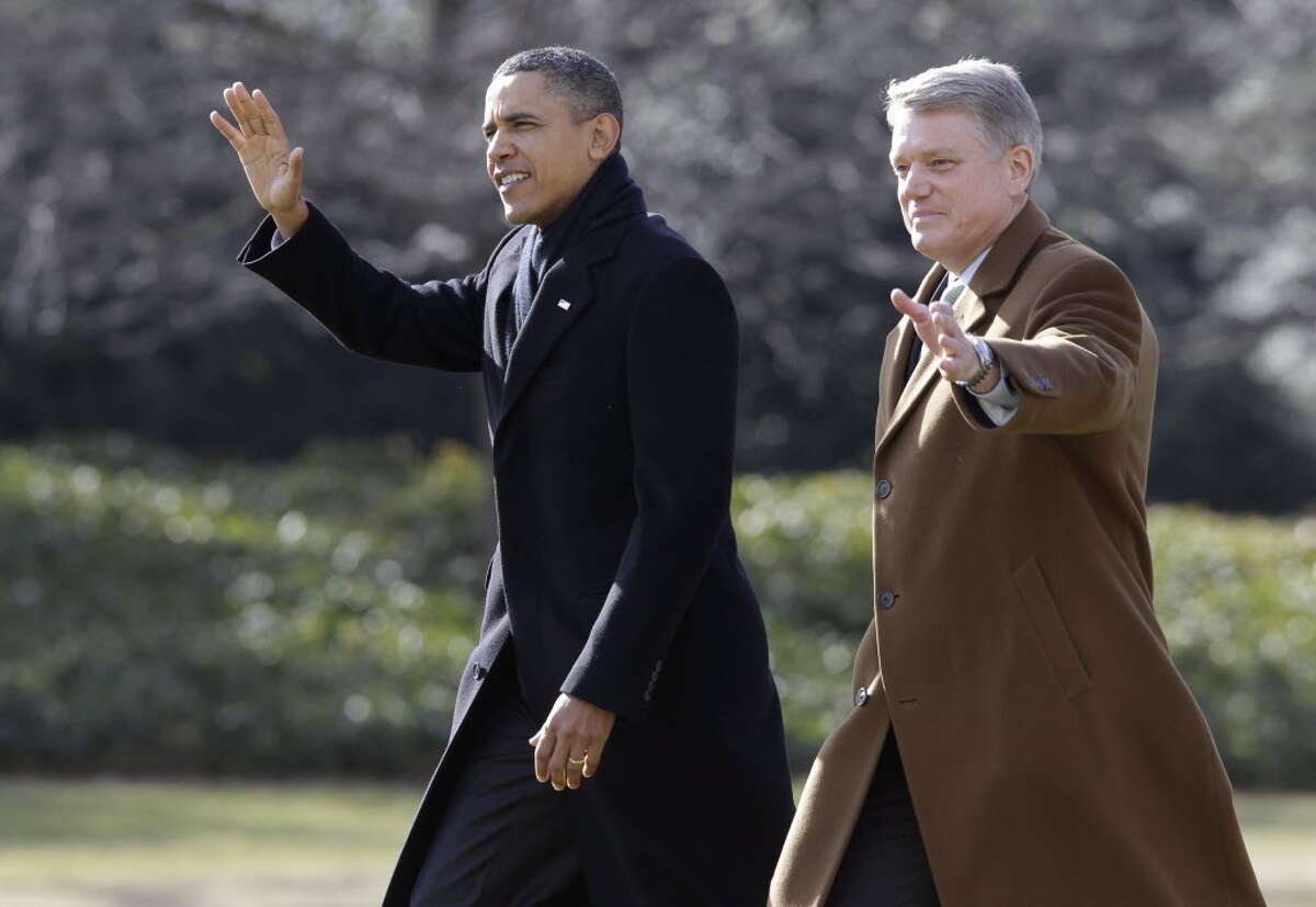 President Barack Obama walks with Schenectady Mayor Brian U. Stratton on the South Lawn of the White House in Washington, Friday, Jan. 21, 2011, prior to boarding the Marine One helicopter en route to Albany, N.Y. (AP Photo/Charles Dharapak)